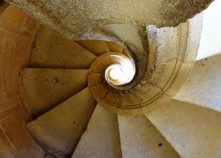 tomar-spiral-stair-230