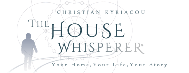 The House Whisperer Retina Logo